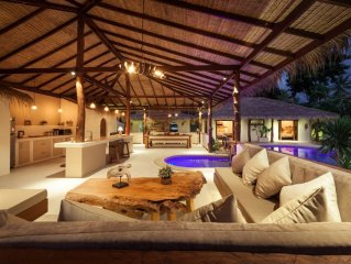 2 Private Tropical villas, 10 bedrooms, Event & Yoga space,  for + 20 guests!