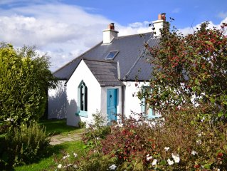 Stone Cottage Facing The Western Sea, Sweeping Views Of Iveragh Peninsula