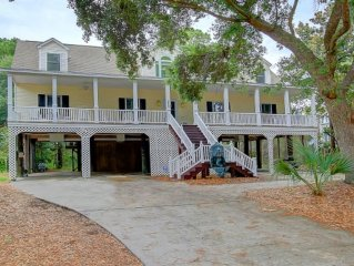 Fantastic Beachhouse for  Family Vacations, Reunions, & Wedding Guests!