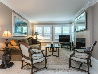 Gorgeous Condo in Park-Like Setting Along the Willamette River