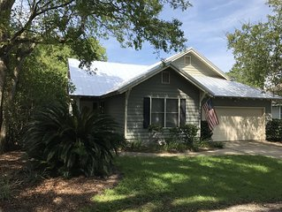 FLETC Per Diem Short & Long Term rental, Walk to the Village and Beach.