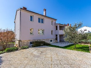 Apartment A1 - PUL 371  in Pula, Istria - 5 persons, 2 bedrooms