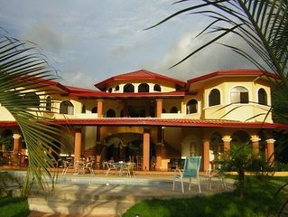 Toucans, Mountains & Waterfalls!  Jungle Villa w/ full staff.   WinterSpecial