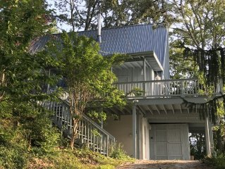 A-Frame Home With Million Dollar Mountain View