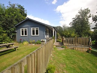 'Beach House' style cabin in secluded valley 1 mile from Bantham beach