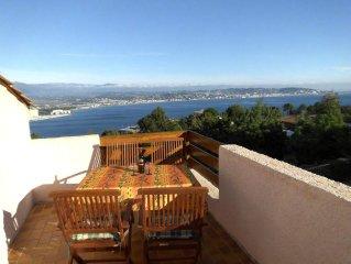 4-Zimmer Villa für 5 Personen mit phantastischem Blick auf die Bucht von Cannes