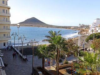 Magnific Beachfront Apartment in El Medano With Wifi and Sat TV