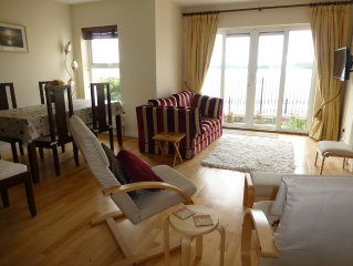 Luxury Apartment with Wonderful Mountain and Sea Views