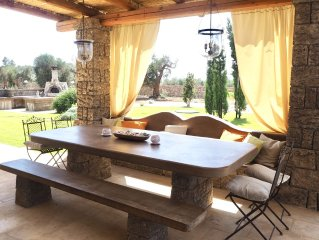 Luxury stonehouse villa w/priv. pool, beautiful garden & 1,6 ha olive tree grove