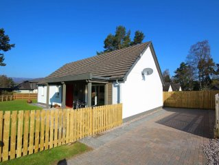 Luxury dog friendly holiday home with hot tub