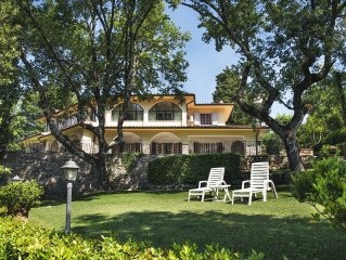 Villa Three Oaks, Siena, Elegant Villa in the heart of Chianti. Tuscany