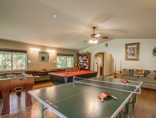 Creekside Lodging, Perfect Family Vacation, Recreation Area, Games, Pet Friendly