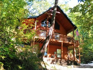 The Purr-fect Vacation is At Katz Meow Kabin!! Near Pigeon Forge & Gatlinburg