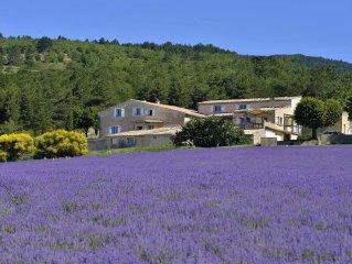 Entre Ventoux et Luberon  ***