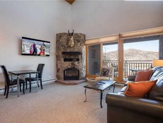Premier-rated, top-floor corner ~ beautifully renovated, winter shuttle, walk t