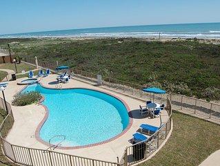 Edgewater 302 Beachfront Luxury - All the Comforts of Home!