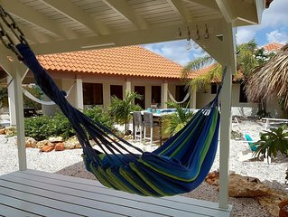 Hammock Luxury Apartment; just 1 minute from the best beach on Bonaire!