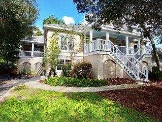 Beach and Golf Retreat with a pool, wifi and screened porch