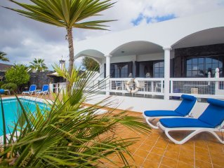 Superb, well equipped villa with secluded garden and heated private pool