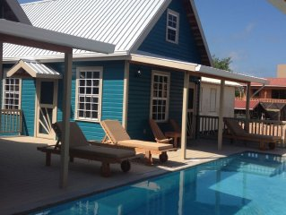 Reef Cottage With A Pool