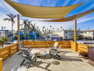 OB Central:  Modern Upgraded Beach Condo with A/C, 2 Parking Spots and Large Sun
