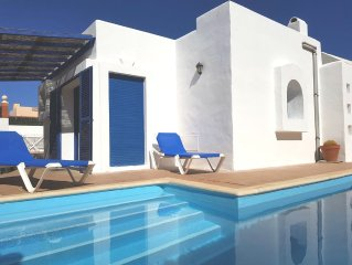 Villa With Private Heated Pool In Desirable Location, Superfast Fibre & Smart tv