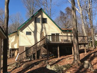Between 2 lakes! Close to ski hill and beach,Game Room! Sauna! Also look 4179271