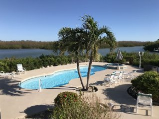 Secluded home on Bonefish Bay. Cabana Club! Boat Lift, Dock.  Paddleboard. Kayak