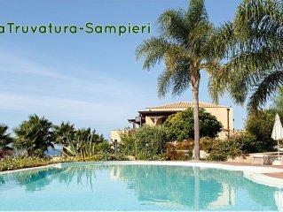 Appartamento in villa con piscina vista mare- LOFT 1