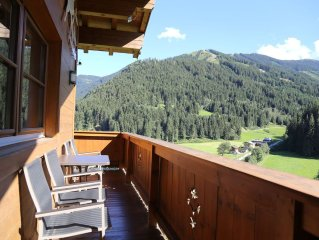 Spacious Chalet near Ski Area in Saalbach-Hinterglemm