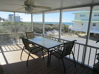 Great Gulf Views , 1st Tier, Screen Porch,100 steps to the beach , Pet Friendly