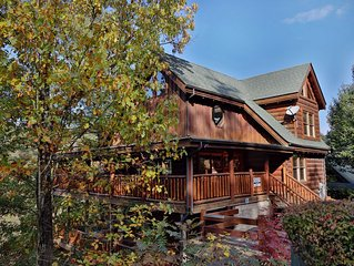 Luxurious Comfort, Stone Fireplace, Wii Gaming, Game Room, Hot Tub & Jacuzzi