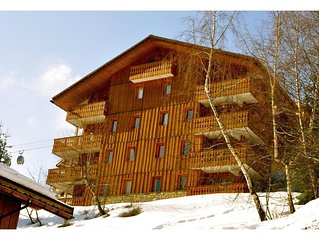 CHALET ANTARES 1. APARTMENT. LABEL MERIBEL 35 M2, 3 STARS FOR 4/5 PEOPLE.