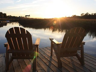 Newly Renovated Shem Creek Paradise. Fish, Paddle, Kayak Off Your Own Dock