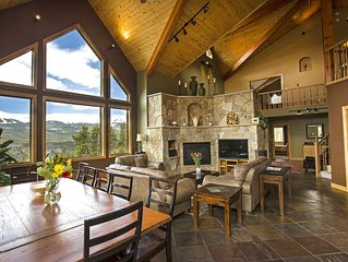 On 10acres, VIEWS & Free SHUTTLE In-Town, *winter Private HOT TUB