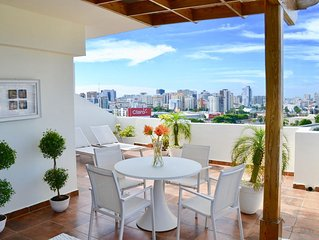 NEW PENTHOUSE DOWN TOWN, LARGE TERRACE, VIEW, POOL, GYM ROOM, CLOSE MAIN MALLS