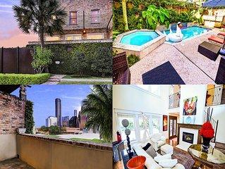 Custom Home Built By/For Ceo Of Big Re Co;5000sqft; Pool/hot-tub; 2 Bars; Views