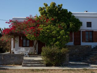 Villa Bord de mer, Situation exceptionnelle, Tinos, Cyclades.