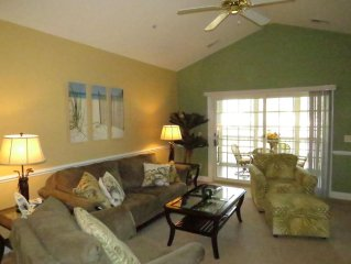 GOLF COURSE VIEW!! Beautiful 3 BR Top Floor Golf Villa - Elevator Accessible