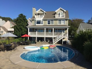 Holiday, family vacations - Barnegat Bay, open waterfront home w/ pool