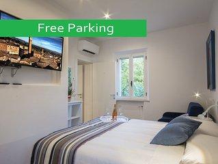 Apt. con giardino - 1 camera da letto (2 km dal Centro) . Parcheggio gratuito