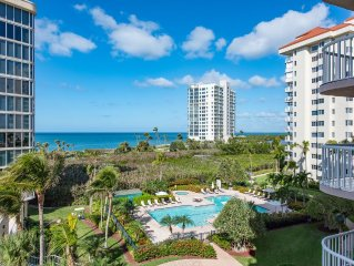 Renovated beach condo with balcony in every room