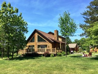 Red Oak Lodge * Spring Brook Resort | Two Story Chalet | Ideal Family Getaway Ho