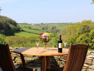 Luxury Holiday Cottage Set in Peaceful Countryside 10 Minutes from the Coast