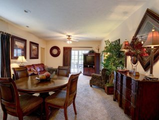 Condo with Free WiFi Walk-in  Thousand Hills  Golf Views (071203)