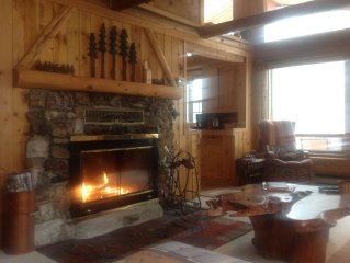 River Front Log Cabin, Mountain Views, ATV Trails, hiking, fishing