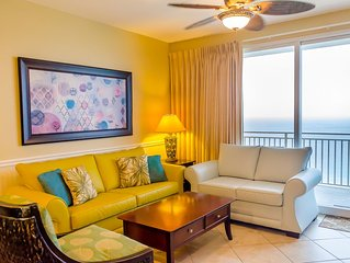 Luxury Oceanfront Condo at Splash - FREE Beach Service,Wifi, NO Checkin required
