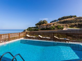 Private Villa with pool and playground only 40m. from the beach! Great sea view!