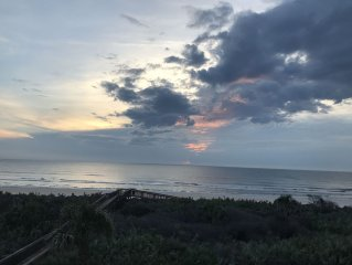 Direct Oceanfront Vacation Oasis - This is the One!!! Owner Managed