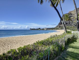 Steps From the Sand Charming Beach Front Cottage Located on Makaha Surfing Beach